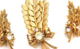 Collecting Vintage Sarah Coventry Jewelry